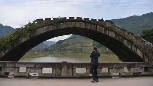 建于清代的石拱桥150年后仍正常使用,不用水泥钢筋还成网红打卡地