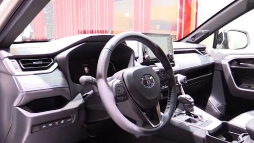 保值又省油的SUV,2.5L大自吸发动机,油耗4.7升,还是日系出品