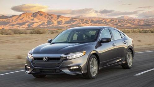 全新本田轿跑车发布,外观颜值非常帅气,油耗仅4L,性价比很高