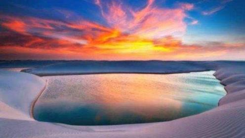 这个地方真的是沙漠吗?湖泊鱼虾随处可见,甚至有人来度假