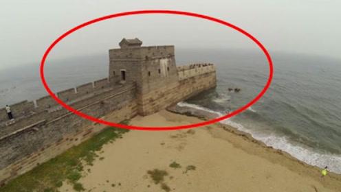 中国万里长城尽头竟然在大海中?老外看后直呼:中国人很聪明