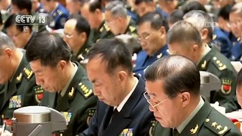 习近平在中央军委基层建设会议上强调 推动我军基层建设全面进步全面过硬