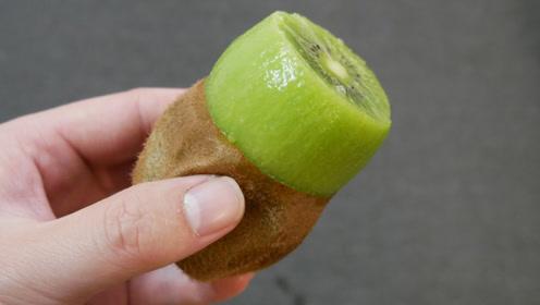 猕猴桃剥皮太简单了,轻松快速不费劲,一点肉都不浪费