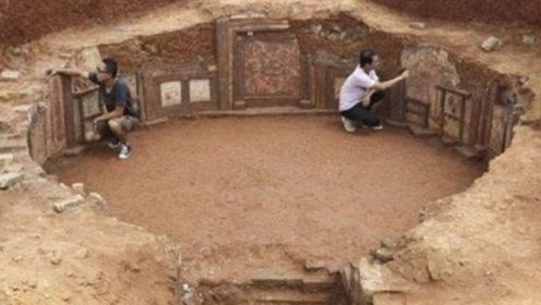 江西意外翻出古墓,墓室只有6平米,却挖出3件价值9亿文物!