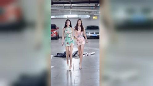 地下停车场遇到两个刚下班的姑娘,这么漂亮的姐妹花,你看了也会喜欢上吧?