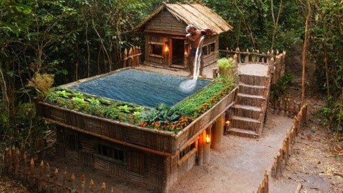 厉害!小伙树林里建造度假别墅,自带豪华泳池!