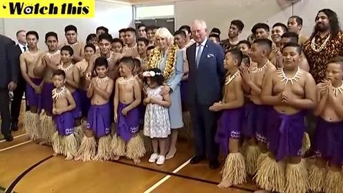 查尔斯王储访问新西兰 观看孩子表演传统战舞