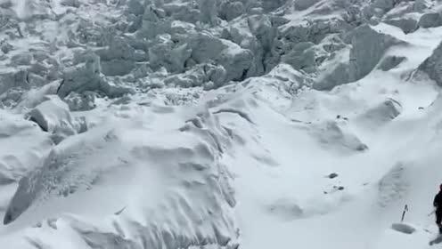 珠峰攀登第二十二天!著名的昆布冰川!既美丽又恐怖