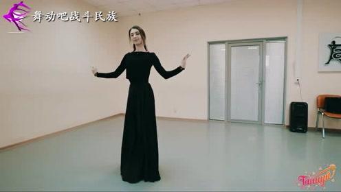 """真正的""""蚂蚁腰""""!外国舞蹈老师的身段好美"""