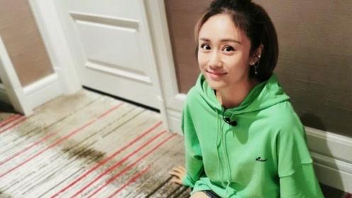 大女人刘芸登场,打扮时尚简洁,具有独特魅力