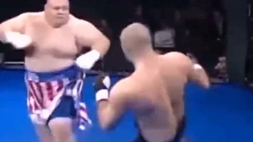 重量级对决:美国壮汉被打倒击败的擂台合集,最后一场输的好惨