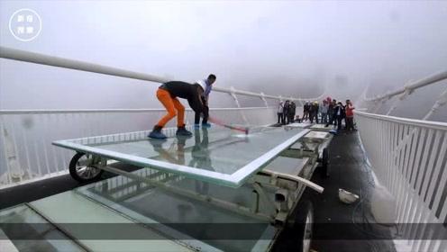 老外质疑中国玻璃桥的质量,一铁锤下去,他开始怀疑人生了!