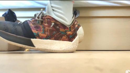 球鞋分享:穿了一年多的哈登2一直踩不开,想踩开怕是没戏了!