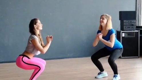 健身小白也能跟上的减脂动作,坚持一个月,效果立马见效