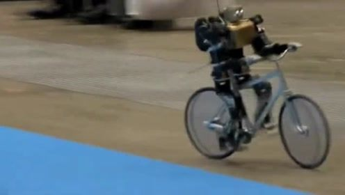 永不倒的骑车机器人