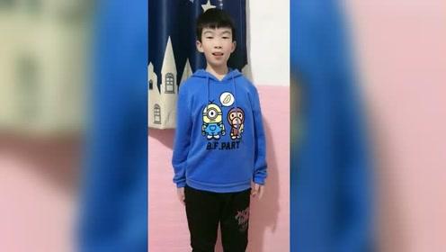 第一次给十岁的儿子改造卫衣,儿子可开心了