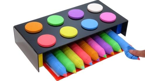 牛人用太空沙自制彩虹铅笔,成品效果惊艳,网友:看完感觉很解压