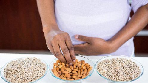 """怀孕后的这2个月是胎儿的""""吃货期"""",孕妇吃啥是很重要的"""