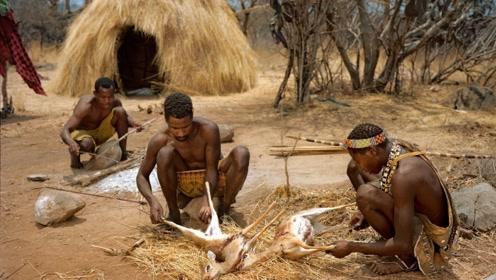 非洲一原始部落,男性健壮有力,女性生孩子方式则令人心疼