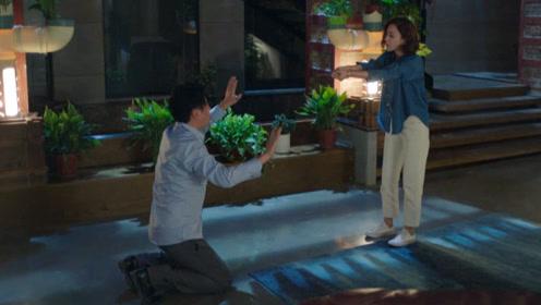 《我怕来不及》速看4:张桂香求孙月英救春生 白洁被钱向利侮辱欲自杀