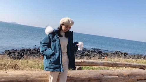 秋冬时尚潮流穿搭 简约休闲的短款棉服搭配