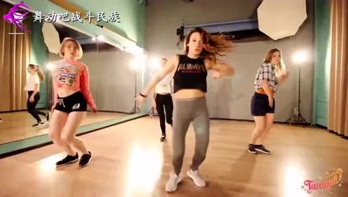 第一次和欧洲女孩一起上街舞课,就被她们的舞技征服了