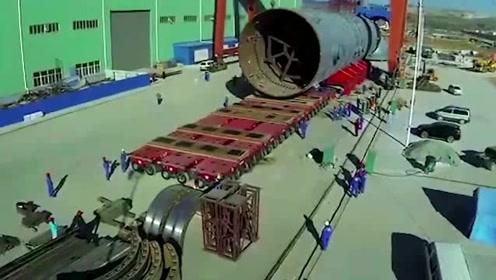 中国的高科技产物,一次能运输几千吨大型物件,就问你服不服