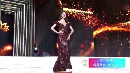 绝美的韩国美女,气质出众,拥有独一无二的魅力!