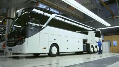 国外工厂生产组装奔驰艾瓦客车EvoBus,看着真舒服!