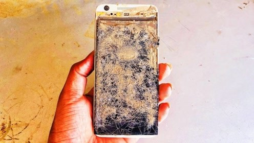 小伙收拾杂物捡到一部手机,话不多说将其修复,开机那一刻我服了