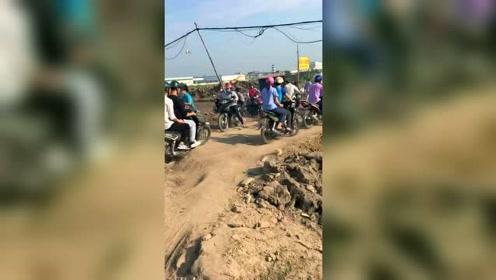 在越南一辆摩托车价值五千万,有车就不愁没有媳妇!