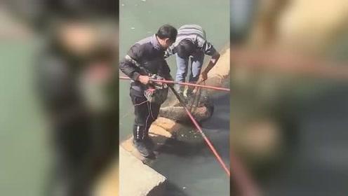 广东海丰两男子龙津河电鱼 结果引来警察蜀黍
