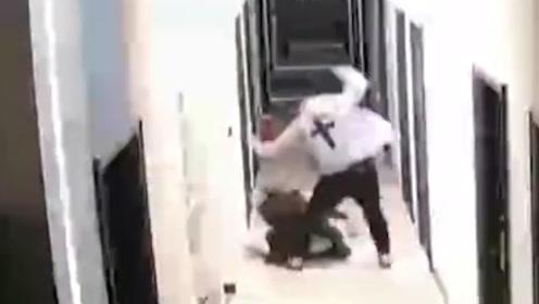 女子自曝一年遭男友家暴十多次 警方:道歉取得谅解,行拘5日