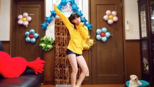 日本可爱萌妹子舞蹈模仿 MOMOLAND《BANANA CHACHA》