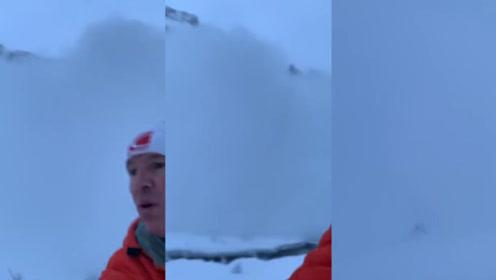 惊险一幕!男子湖边跑步遇雪崩 自拍记录逃跑过程