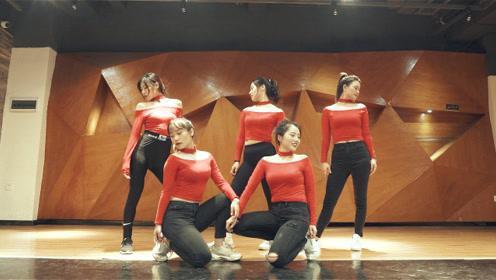 辣妈舞蹈练习室