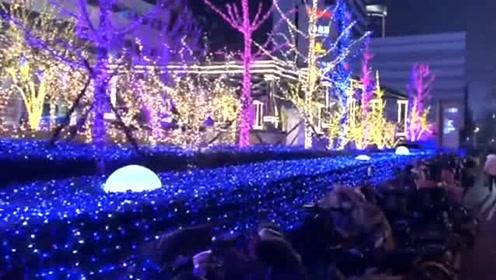 城市里灯火璀璨,这个小球自己会跳,设计师脑洞真大!