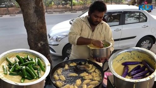 印度大叔用茄子制作美食,成品出来口水都忍不住流出来了