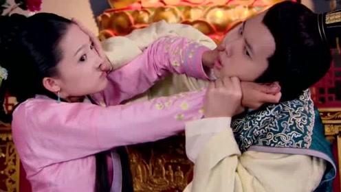 皇上入寺躲避追杀,不料竟遇到泼妇美女,俩人开始互撕,场面搞笑!