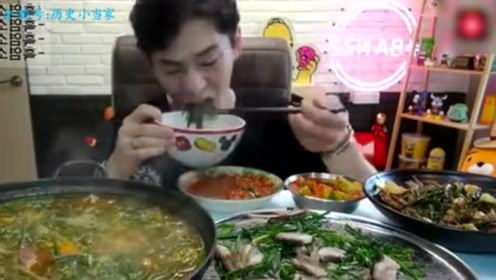 韩国奔驰哥猛吃羊肉大餐,看着都撑!