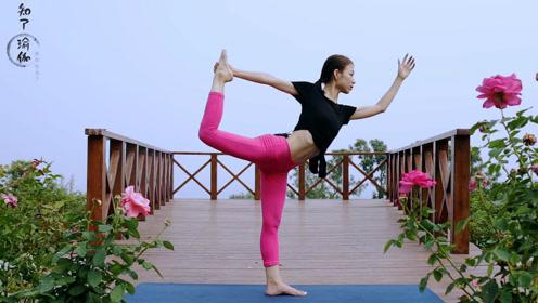 与其腰酸背痛不如就学好这4个瑜伽体位