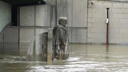 巴黎遭遇大洪水,著名的轻骑兵雕像被淹到了这