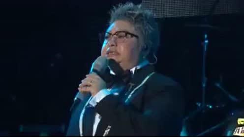 夜空中最亮的星是你,韩红演唱会巡回演出,给你震撼