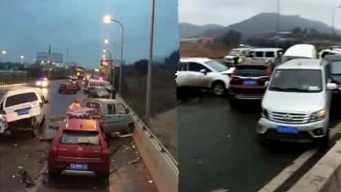 昆楚高速道路结冰致53车连撞 4人自行攀爬桥梁坠亡