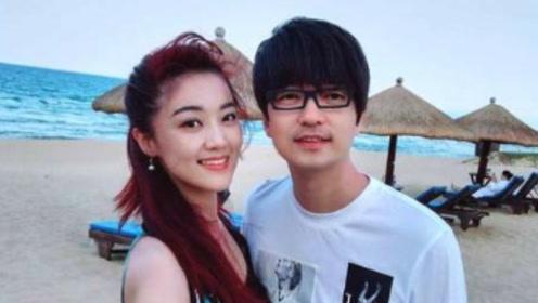 玖月奇迹的王小海为啥留着万年不变的锅盖头 原来是因为一场车祸