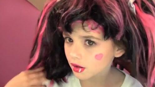 小女孩教你万圣节吸血鬼娃娃妆!