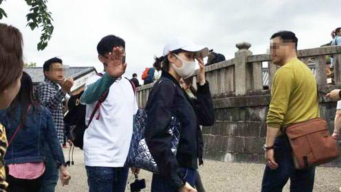 日本偶遇吴奇隆刘诗诗夫妻俩太恩爱走路神同步!