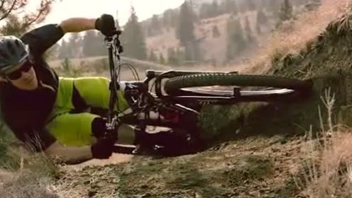 这才是压弯 这才是起单车