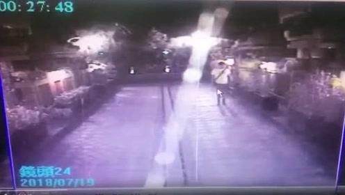 言承旭豪宅遭闯入影片曝光 前助理触动警报器吓跑