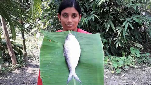 印度大妈用米饭蒸鱼,这吃法绝了
